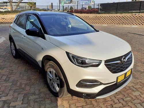 Opel Grandland X 1.6T Cosmo Auto