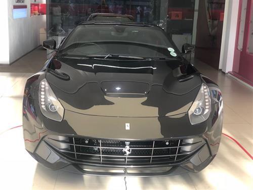 Ferrari F12 Berlinetta V12