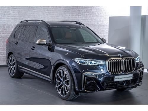 BMW X7 M50i (G07)